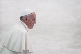 """""""Wolę Kościół po przejściach, niż chory z zamknięcia"""""""
